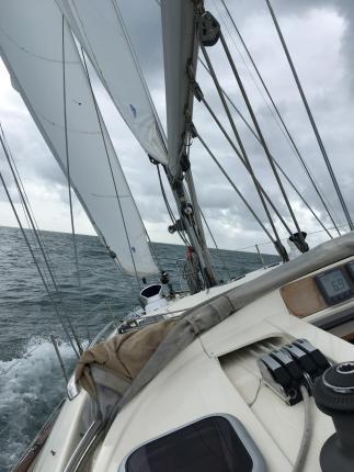 Poli Poli under full sail, off Beachy Head, 2017 taken by Cathryn.