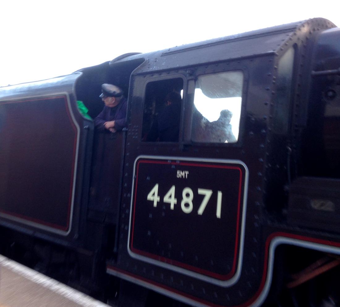 B09D1E9B-F935-45CC-A7D3-4971A676FA40